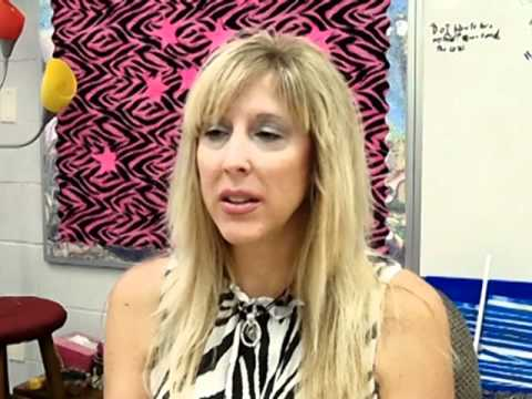 elementary teacher - Watch more videos on drkit.org! In this interview, an Elementary Education Teacher discusses her typical day at work, the qualifications needed for the job, ...