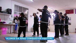 Grupo de dança da APAE de Marília se destaca em festival regional