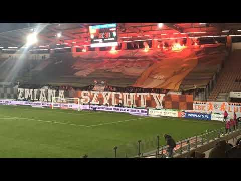 Wideo: Oprawa kibiców Zagłębia w meczu z Legią
