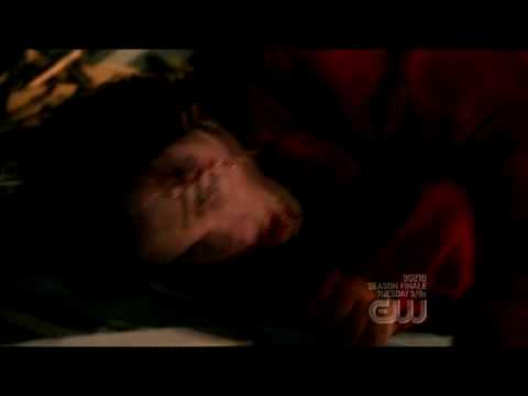 Smallville season 8 - Clark fighting Doomsday  -  Spoiler!*