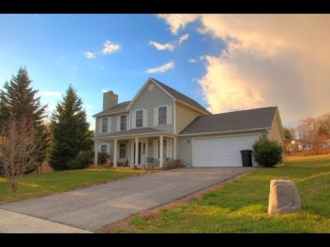 Home For Sale in Roanoke County | 3215 Cedarmeade Dr | Portfolio Properties - Chad Corbett