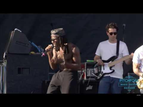 Blood Orange ft. Carly Rae Jepsen - Better Than Me (Live at Pitchfork Music Festival 2016)