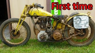 Download Video Starting engine of very old motorcycles MP3 3GP MP4