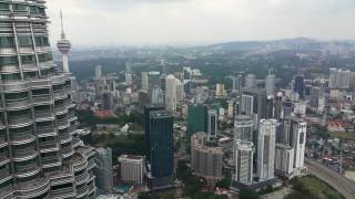 Malaysia / Petronas Towers Inside and The View of Koalampour
