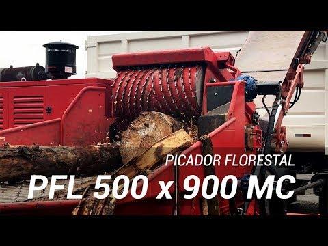 Picador Florestal de alta performance picando materiais verdes e troncos - RAPTOR 900