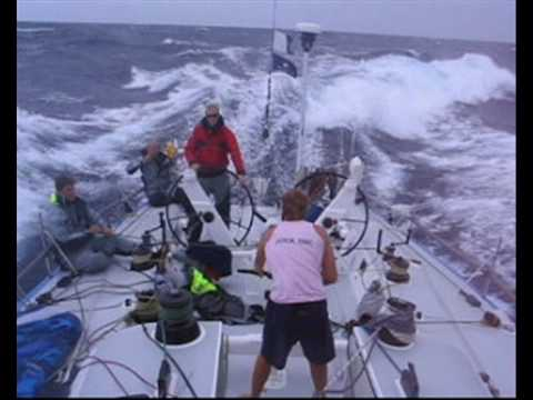 fast Sailing in 30 kts +