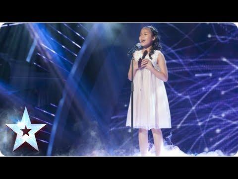 評審們原本對11歲小女生選唱天后的歌曲不以為意,等到她唱到副歌時才紛紛從瞌睡中驚醒!