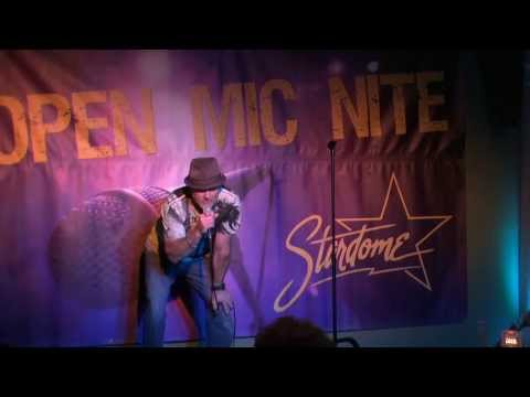 Wayne Mathews's 1st Performance at the Stardome Comedy Club's Open Mic Contest