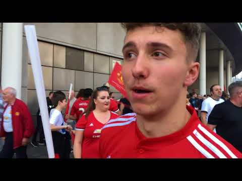 Manchester United fans troll Spurs after reaching FA Cup final