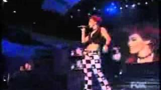 Nikki McKibbin - Edge of Seventeen