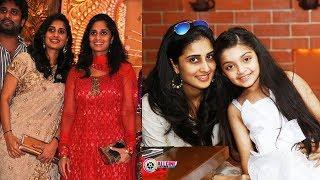 Video Actress Shamili Family Photos - Shalini's Sister Shamlee Pics MP3, 3GP, MP4, WEBM, AVI, FLV Juli 2018