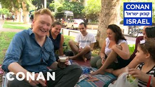 Video Conan Hits The Streets & Beaches Of Tel Aviv  - CONAN on TBS MP3, 3GP, MP4, WEBM, AVI, FLV Juni 2018