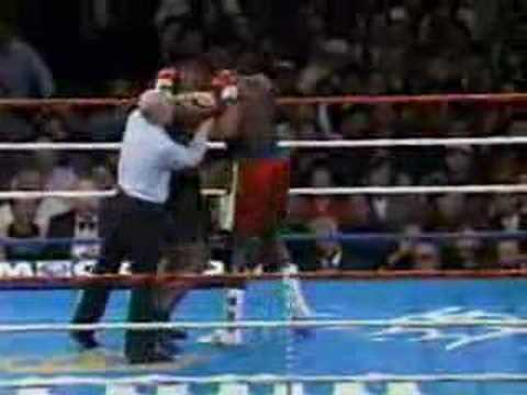 Frank Bruno v Mike Tyson
