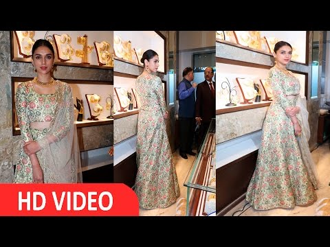 Aditi Rao Hydari At Jewellers Pre Launch Preview Of Their First Show Room In Mumbai