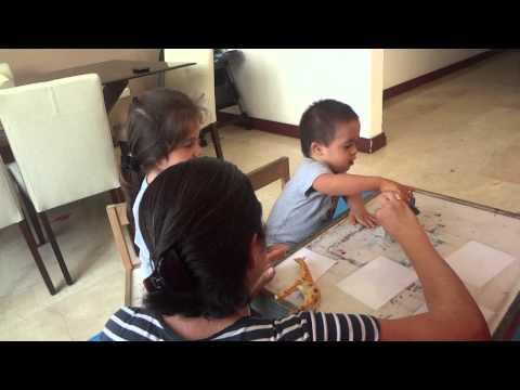 Watch videoSíndrome de Down: Estimulación intelectual 18 meses