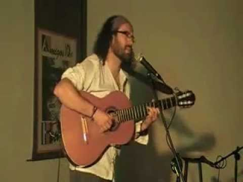 Cantando a JOAN BAPTISTA HUMET en su tierra natal: Navarrés-Valencia. Javier Maroto