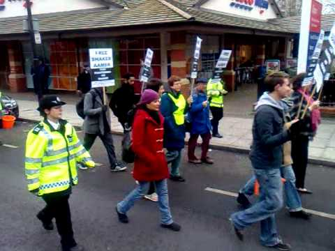 Save Shaker Aamer Demo
