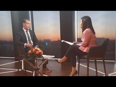 Russland: Medwedew bezeichnet Bankensanktion als Kriegs ...