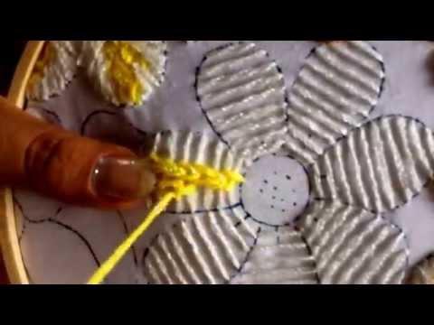 21.-puntada fantasía para flor de la borreguita
