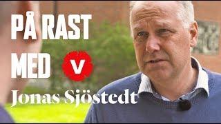 """Jonas Sjöstedt: """"Lärarna får ta den stora smällen i dag"""""""