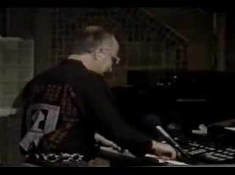 Tekst piosenki Motorhead - Johnny B. Goode po polsku