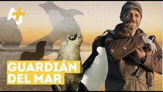 Richard Tesore, rescatista de fauna marina | AJ+ Español
