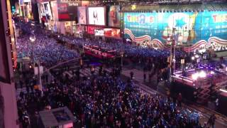 "Psy ""Gangnam Style"" at Times Square, New Year's Eve"