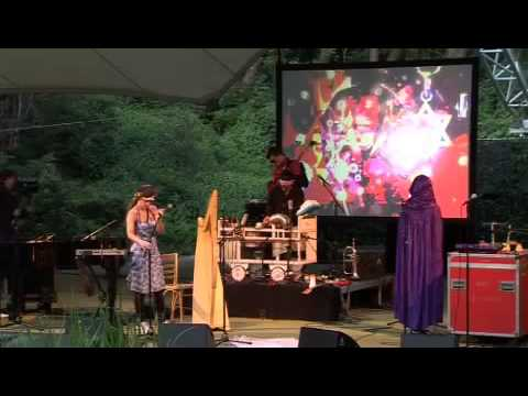 Live Music Show - CocoRosie at Openluchttheater Caprera (2009)