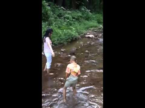 ถ้ำน้ำลอด (видео)