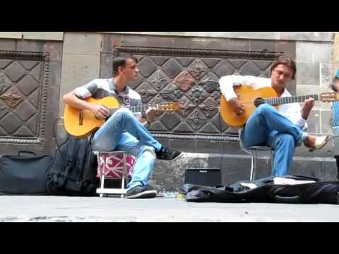 Flamenco Guitar. Barcelona street music (HD)(360p_H.264-AAC).mp4
