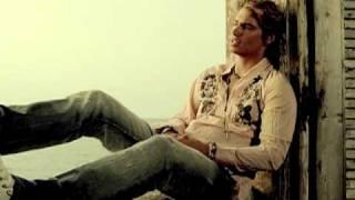 Carlos Baute - Te Regalo (Official Music Video)
