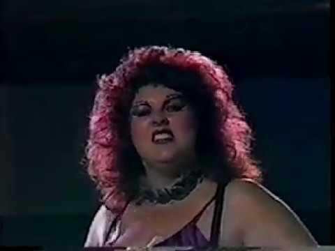 POWW Wrestling: Pocohontas vs. Queen Kong