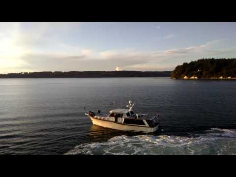 Washington State Ferry hits a boat near Vashon