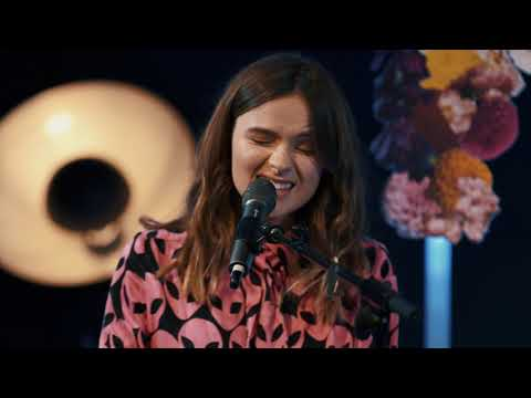 Gabrielle Aplin - Until The Sun Comes Up (live)