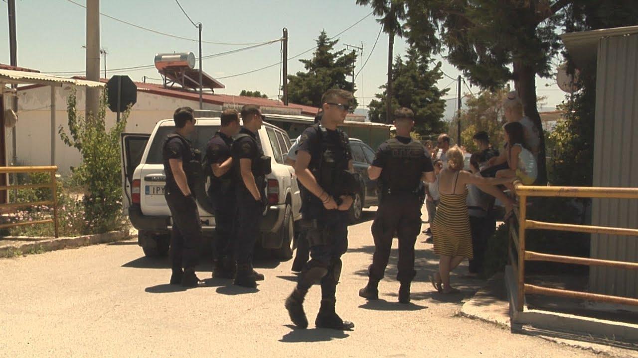 Έφοδος της αστυνομίας στον οικισμό Καποτά στο Μενίδι