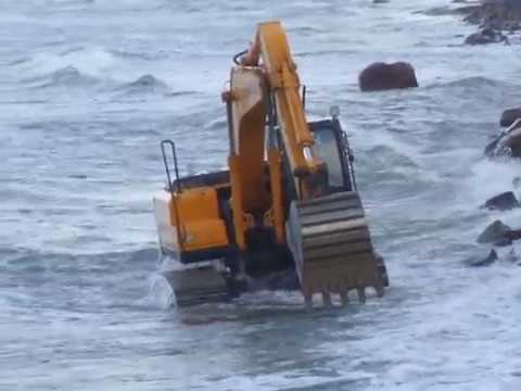 Excavator in the Baltic Sea - Экскаватор 1 Russia