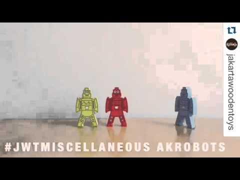AKROBOTS 8'S - ATHAM TOYS