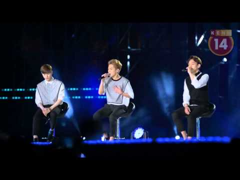 [Fancam] Suho, Xiumin, Chen, Chanyeol (EXO) Cover Người Ấy