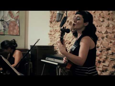 La Ultima Vez - Carolina Calvache featuring Camila Meza