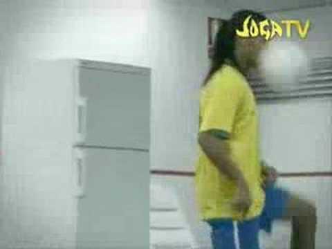 , title : 'Joga Bonito Black Eyed Peas Sergio Mendez - Mas Que Nada'