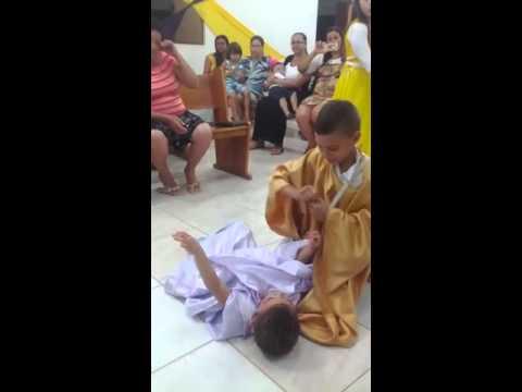 Coreografia das criança em caetanos BA na igreja Assembleia de Deus