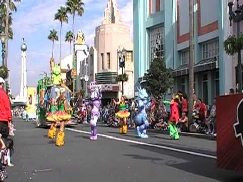 Video Disney's Hollywood Studios - Pixar Pals Countdown to Fun! Parade download in MP3, 3GP, MP4, WEBM, AVI, FLV January 2017