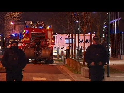 Deadly fire in Paris suburb kills five