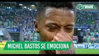 Veja Michel Bastos fica emocionado na sua entrevista após o seu primeiro jogo contra o São Paulo, veja o que ele falou. Imagens: Organizações Globo.
