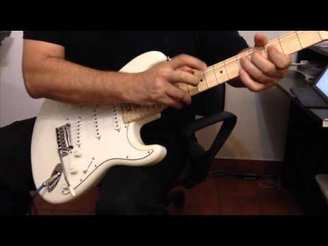 Squier Stratocaster Deluxe ( Pearl White )