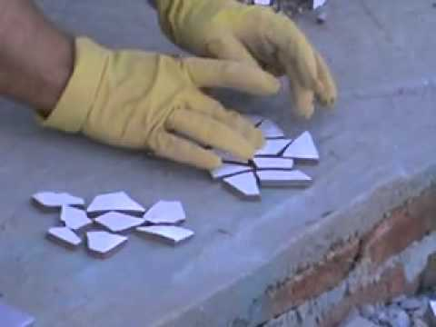 Mosaico de cacos cerâmicos