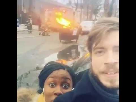 這對男女在火場前自拍,他們的下場就只能說..活該!!