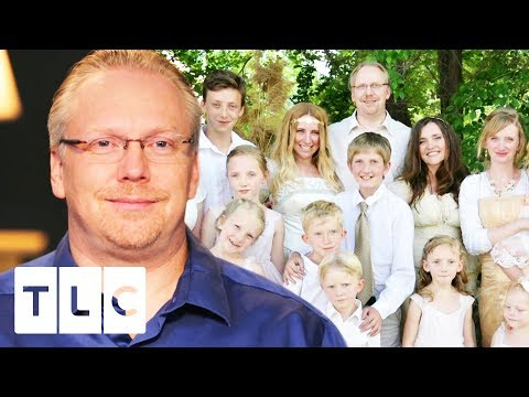 Drew Moves Into A New House With His 3 Wives And Their 15 Children! | Seeking Sister Wife