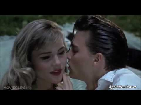 Johnny Depp 'HOT KISS