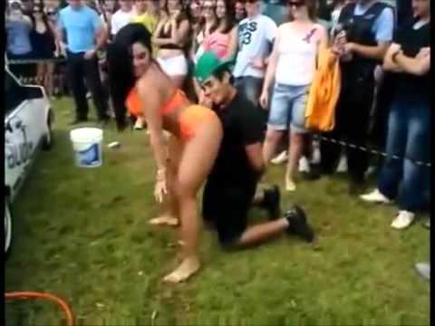 video de mira lo que pasa cuando tienen una novia celosa